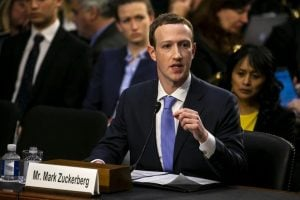 Mark Zuckerberg Flies Out To Washington D.C. To Meet With The U.S. Senators