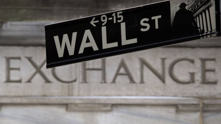 Spate Of Upbeat Earnings In The Reporting Season Advances Wall Street