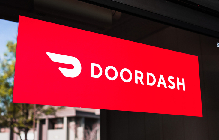 Customer Sue DoorDash, Uber Eats and Others Over Restaurant Prices Amid Pandemic